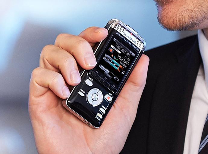Диктофон Olympus DM-901 с функцией Wi-Fi