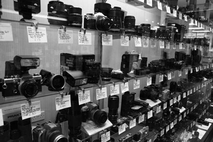 Как выбрать фотокамеру в магазине